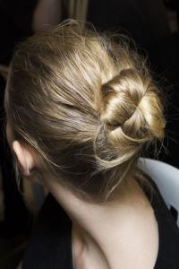 hbz-fw2015-hair-trends-the-bun-marant-bks-z-rf15-5039